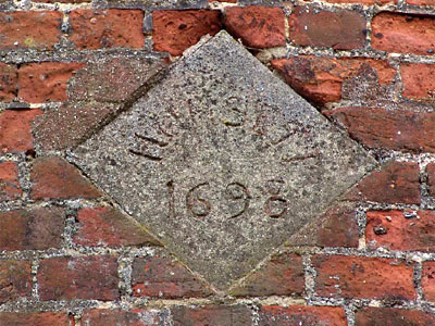Datestone 1698