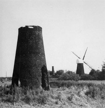 Polkey's Mill with North Mill in foreground in June 1989