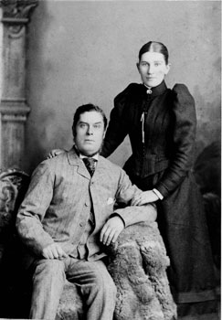 Thomas & Elizabeth Howard c.1890