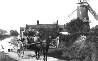 William Howells cart c.1913