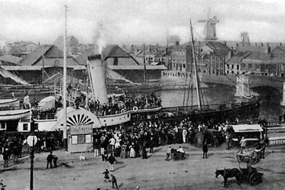 Port scene near Haven Bridge c.1900