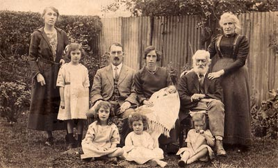 Pitts family in 1923