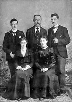 Pitts family c.1897