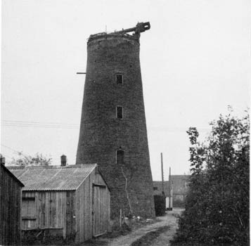 Horsford tower 23Oct1970