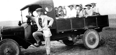 Alfred Bristow's lorry c.1925