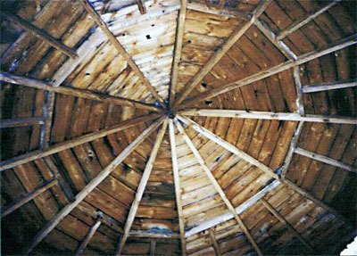 Internal view of the roundhouse roof at South Elmham 2001