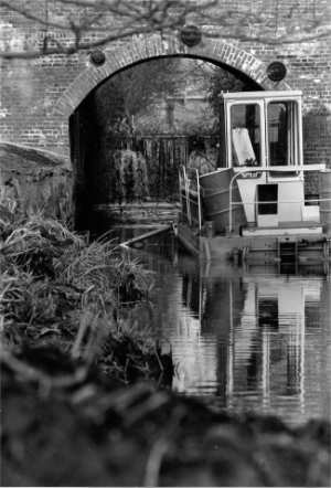 Dredging near the lock 8th May 1993