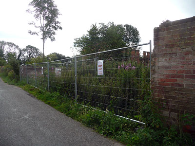 Site fence erected 6th July 2011