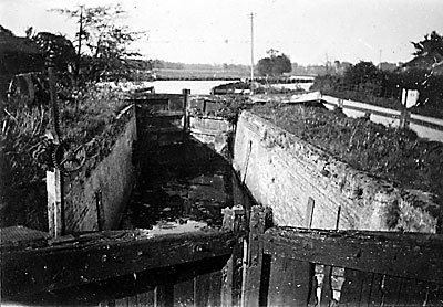 Buxton lock in 1928
