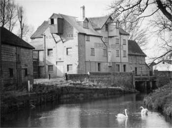 WD& AE Walker's mill in the 1950s