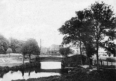 Waterloo Bridge with the mill behind c.1904