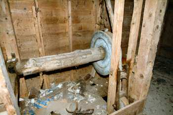 Sackhoist pulley and shaft 6th January 2004