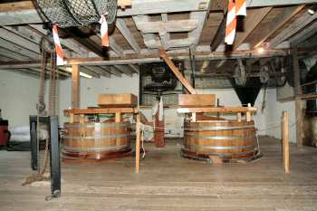 The two working tuns 20th September 2003