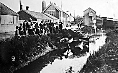 Traction engine in river c.1912