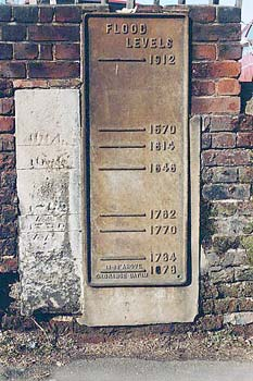 Plaque showing flood levels