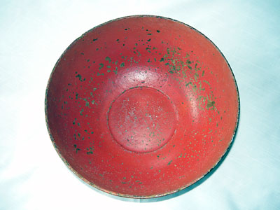 Pulpware bowl used as a sewing bowl in New Zealand